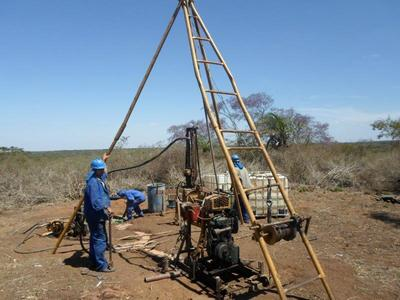 Serviços de sondagem geotécnica mista em solos